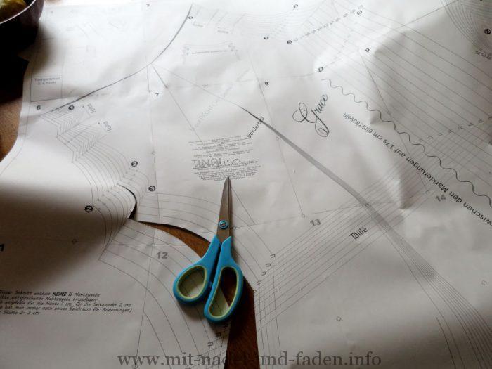 Schnitt vorbereiten - Grace von Tinalisa Schnittdesign
